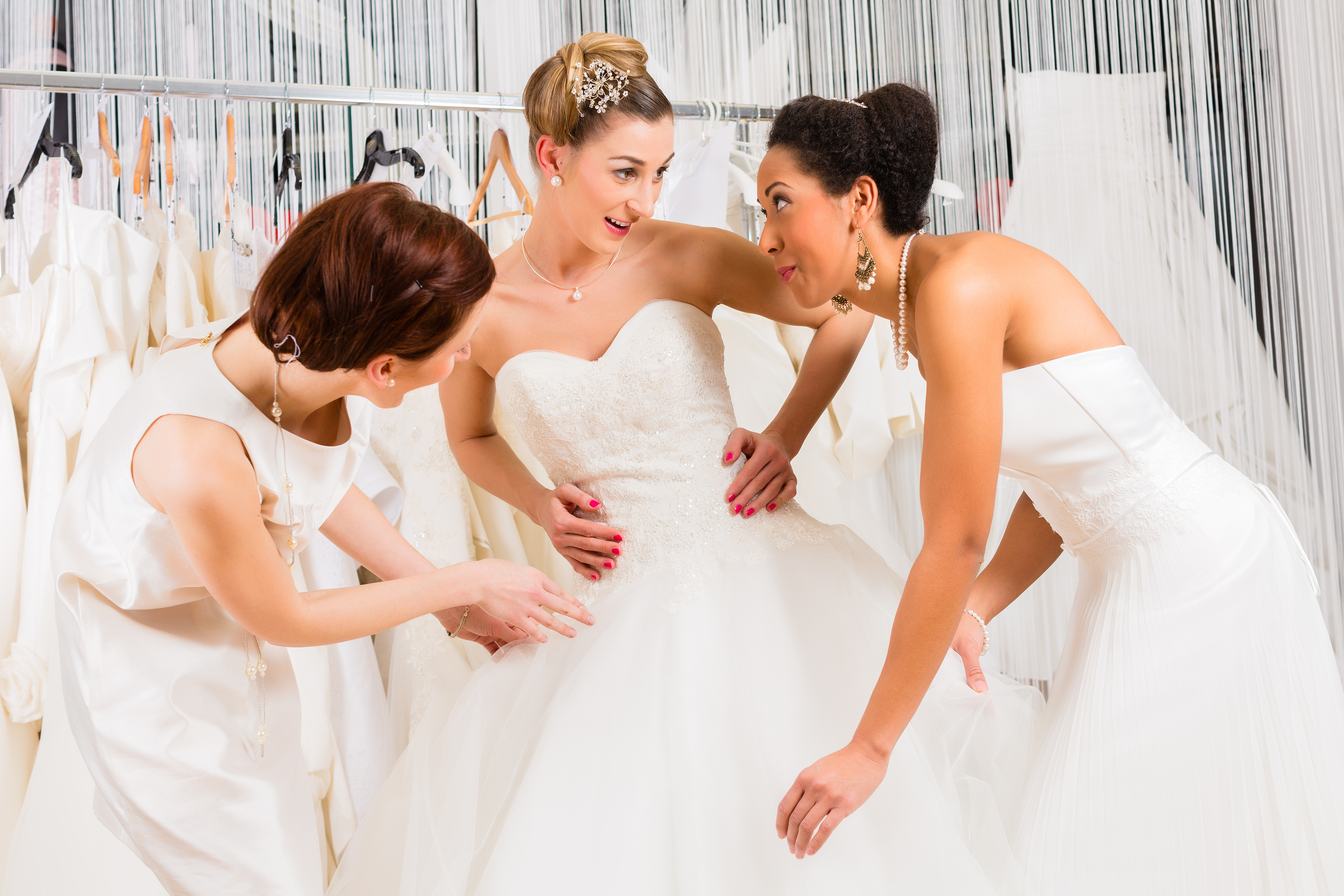 Choosing the right wedding dress for your body type for How to choose a wedding dress